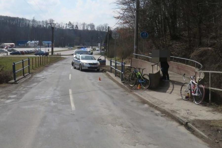Řidič srazil cyklistu a ujel, hledá ho policie
