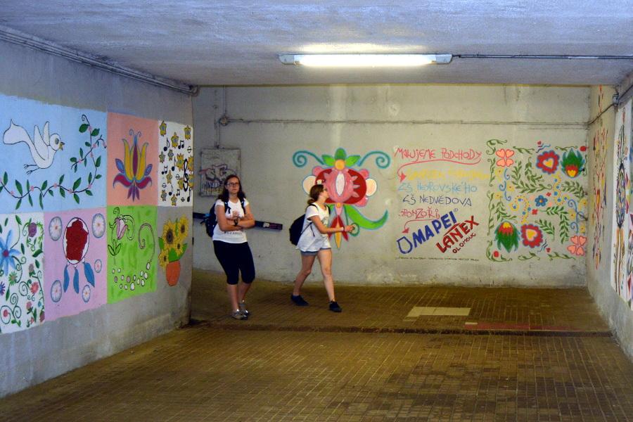 Město opravuje trať a podchod v Brněnské ulici