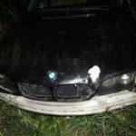 Opilý řidič skončil s autem v kukuřici