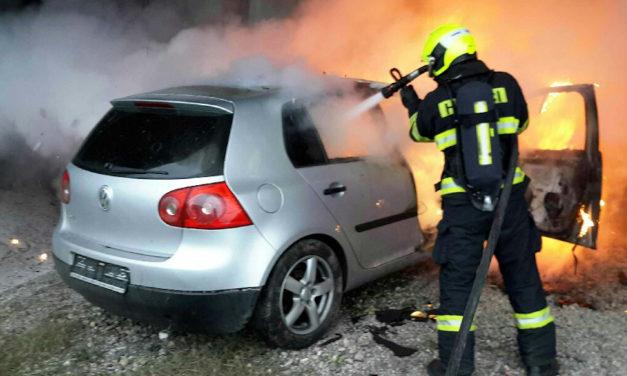 Ve Slavoníně ráno hořelo auto