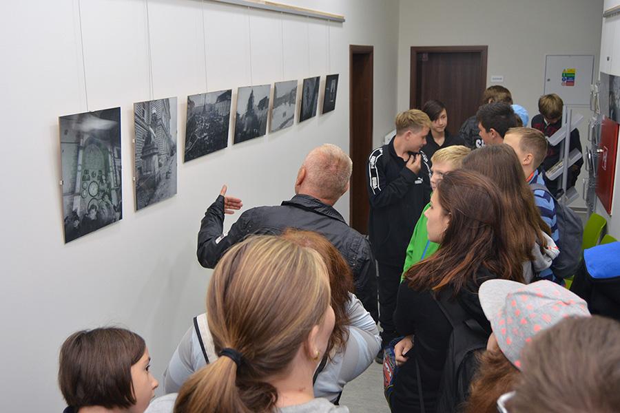 Výstava připomněla sametovou revoluci na Hané
