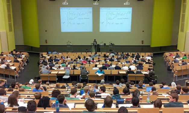Na Univerzitu Palackého dorazilo přes 25 tisíc přihlášek