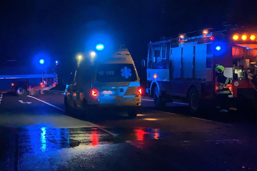 Ženu u Bohuňovic srazilo auto, na místě zemřela